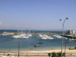 Primera línea de playa con magníficas vistas al mar ( on the beach).Proximo a Sa