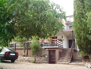 Krk: appartement / chambre à la mer (Pinezici, île de Krk)
