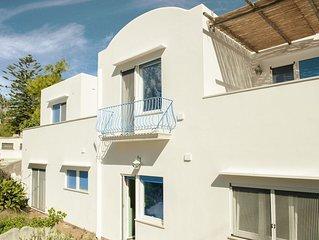 la Carcarella, central villa with garden for a true Capri-life experience