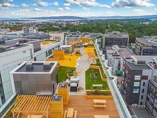 New apartment, prime location, roof terraces