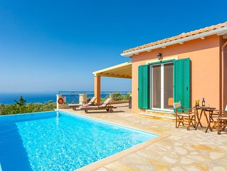 Villa Belvedere Rosa: Large Private Pool, Sea Views, A/C, WiFi