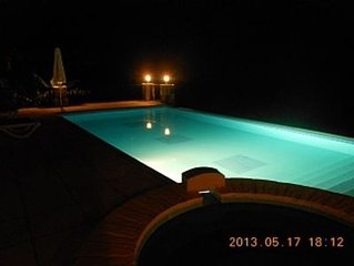Single Story Villa, Private Pool And Jacuzzi With Great Mountain And Sea Views