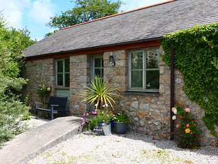 Farm Cottage in secluded rural position -close to isolated cove on the Lizard