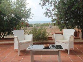 villa vista mare,350 m dalla spiaggia,ampio giardino:lido marini,pesculuse,Leuca
