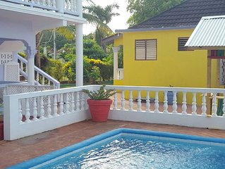 Cinnamon Studio  - Pool, A/C, Wi-Fi, Cable TV Close to Ocho Rios and beaches