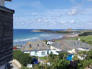 Amazing views of Fistral Beach with secure parking for 2 vehicles