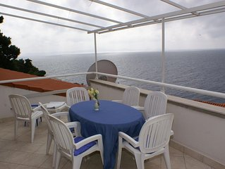 Three bedroom apartment with terrace and sea view Zavalatica (Korcula) (A-547-c)