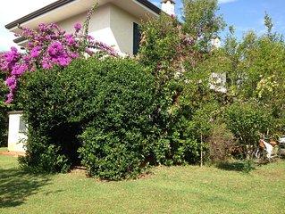 Villa con giardino a Marina di Pietrasanta