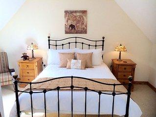 Newcastle Holiday Luxury 2-bed Apartment - Mountain & Sea - Sleeps 4