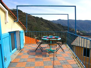 A nest close to Cinque Terre, wonderful terrace with stunning view
