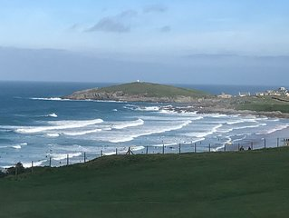 5 Star Fistral View - A luxurious new build directly overlooking Fistral Beach