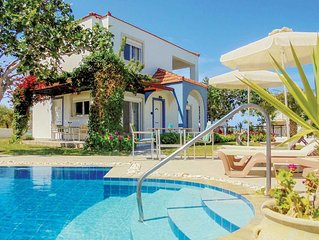 A 'get away from it all' villa in a traditional villa setting, great for relaxat