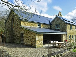 Beautifuly restored Coach House & Granary set in the grounds of Glaneirw Mansion