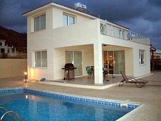Villa With Private Pool, Amazing Sea Views And Spectacular Sunsets