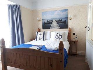 Room 1 double en-suite with en-suite shower room