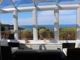 Bayview Escape sleeps 9, near Carbis Bay Beach and St Ives