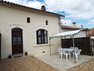 Coriander - Cottage With South Facing Views - Sleeps 5 (2 Bedrooms)
