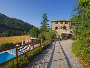 Rancale-Beautiful and Imposing Stone Farmhouse with Pool in Quiet Valley Setting
