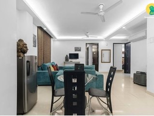 Party Place upto 15 guests (3BHK Apartment )at chattarpur, New Delhi