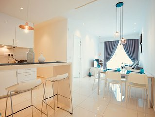 Bukit Bintang 2 Bedrooms Luxurious Home For 6 pax.