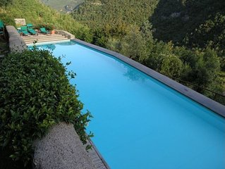 Ligurian hills medieval site sleeps 4/6 free wifi and pool for guests