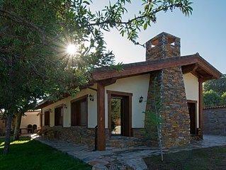 Casa rural (alquiler íntegro) La Alborada de Navacervín para 30 personas
