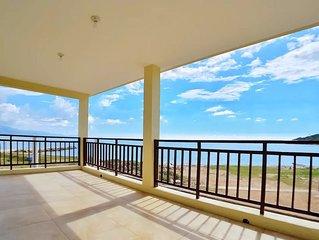 Breezy Beachfront Villa in the Sunshine City