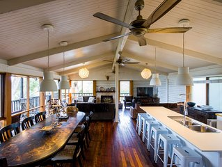 White Lodge at Hyams Beach - large beautiful home with bay views