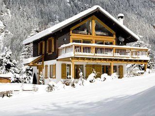 LUXURY CHALET IN CHAMONIX-5 BED, 6 BATH, SAUNA, HOT TUB, BEST VIEWS,  WIFI, PRKG