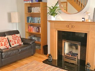 Perfect location! Family friendly 3-bedroom Townhouse with sunny patio, Dundrum