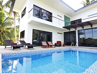 Villa with Sea View & Swimming Pool