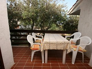Two bedroom apartment with terrace Mandre (Pag) (A-6545-b)