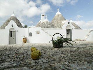 Prestigiosi Trulli in Valle D'Itria con piscina ad Acqua Salata (cloro Free)