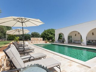 Trullo Jolly: Luxury Trullo set in an Olive Grove, with pool near Ostuni