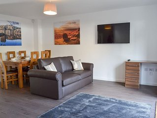 3 bedroom accommodation in Old Glossop, near Glossop