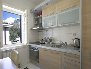 Montesan B2 Apartment with terrace and sea view