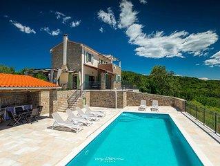 Beautiful villa with panoramic view near Motovun