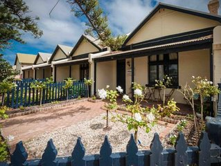 Geraldton City Stay Cottage-5 min walk to the beach & city centre & pet friendly