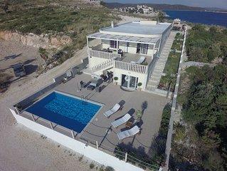 Beautiful Villa Anamarija With Stunning View
