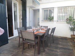 Appartement de charme avec terrasse en centre ville / Saint Jean de Luz