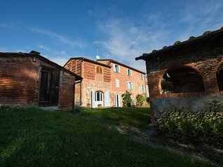 Serendipita:  A Typical country house in the beautiful surroundings of Tuscany