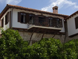 Annousa's House - Beautiful Village House with huge living area and 4 bedrooms
