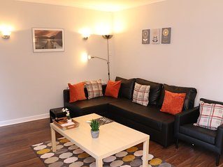 Deluxe 2 bedroom apartment with off street parking