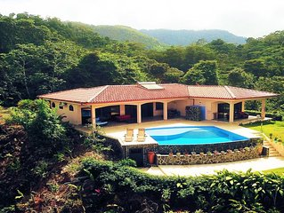Private and secluded w/ infinity pool and an amazing view