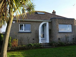 Bungalow near the beach, perfect for families, pet friendly, near Padstow