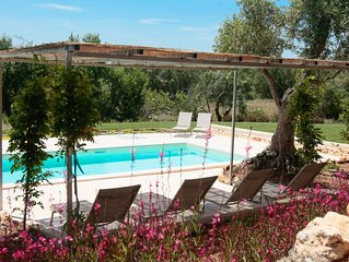 BEAUTIFUL, LUXURY LAMIA IN PEACEFUL OSTUNI COUNTRYSIDE WITH WI-FI