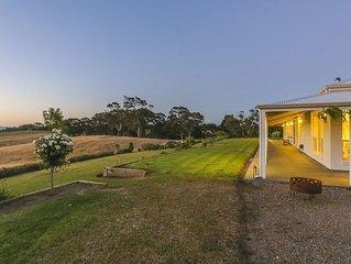 Adelaide Hills 'Jura House' - Woodside