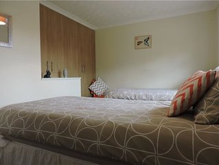 Hartshill Accommodation – Comfortable house