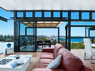 One Mile Retreat - Stunning Beach House