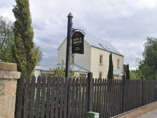 The Mill House - Cottage Accommodation includes breakfast